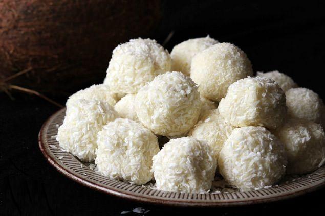 truffle phủ dừa.jpg